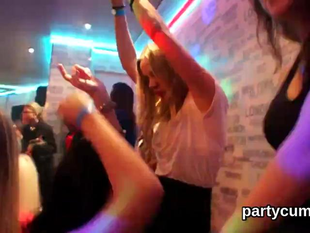 Ravishing sluts getting pounded hardcore at the wild sex party № 1201432  скачать