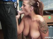 Hot shoplifter sucking the LP Officers large rod