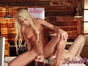 Carmen Caliente and Penelope Reed eating each others pussy