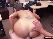 Hot latina Victoria Banxxx trades her pussy for a laptop
