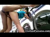 CFNM MILFs Deepthroat at Laundromat!