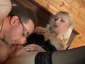 Lovely Blonde Mommy Stuffs Throbbing Tool Up Pussy