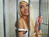 Sexy Prisoner Elizabeth Jolie Blows Hung Prison Guard