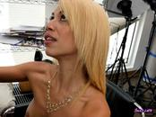 Chick Giselle D Ambrosia Gets Fingered And Blows Cock