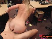 Tight blonde bitch nailed by pawn dude at the pawnshop