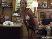 Amateur bi sex swingers A Tip for the Waitress