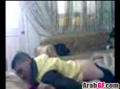 Cute Arab girlfriend makes out with her man while he drills her snatch