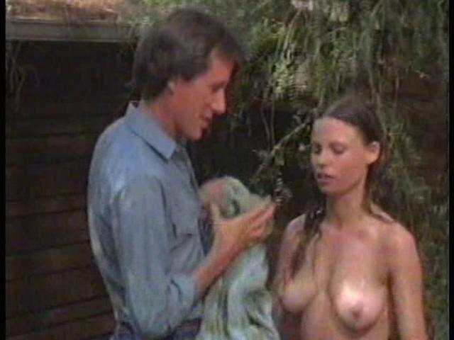 Kaye Wragg  nackt