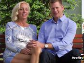 Married swingers decide to have the most fun at the red room with full swap