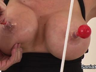 Unfaithful british mature lady sonia displays her huge titties
