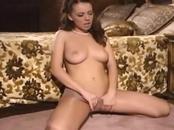 Pretty Brunette Chick Cums Hard
