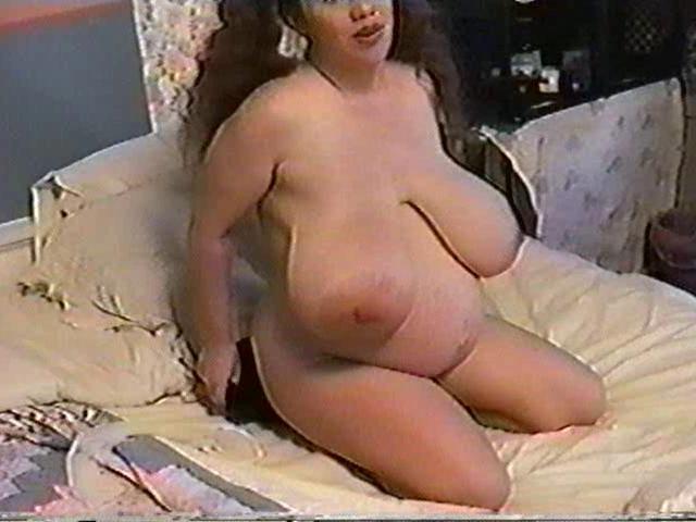 Honey moons 9 months pregnant amp bustin 3 6
