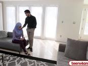 FBI officer fucks curvy Arab wife right in the ass
