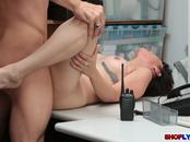 College thief Penelope Reed bangs in her pussy