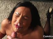 Hot hottie gets cumshot on her face sucking all the sperm